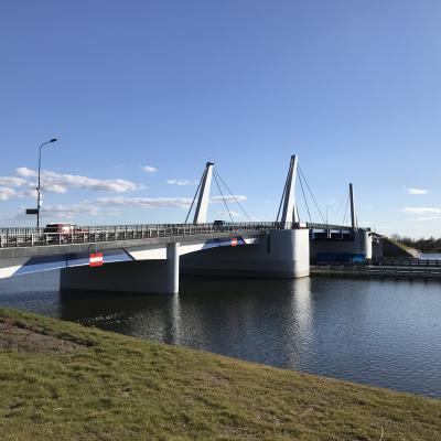 Nowy most w Gdańsku Sobieszewie nad Martwą Wisłą