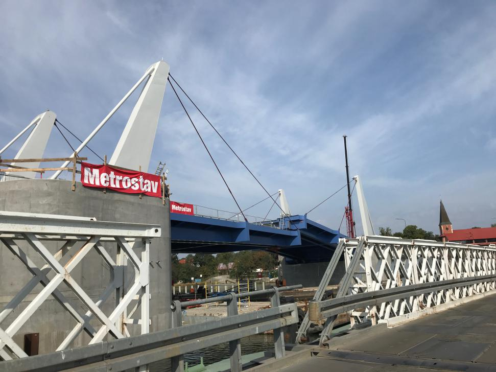Nowy most na Wyspę Sobieszewską na kilka tygodni przed otwarciem (stan wrzesień 2018)