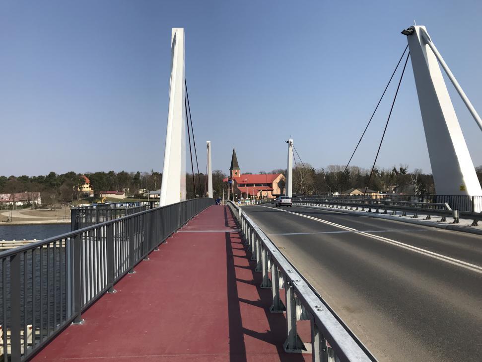 Przez nowy most w Sobieszewie przebiega trasa rowerowa R10