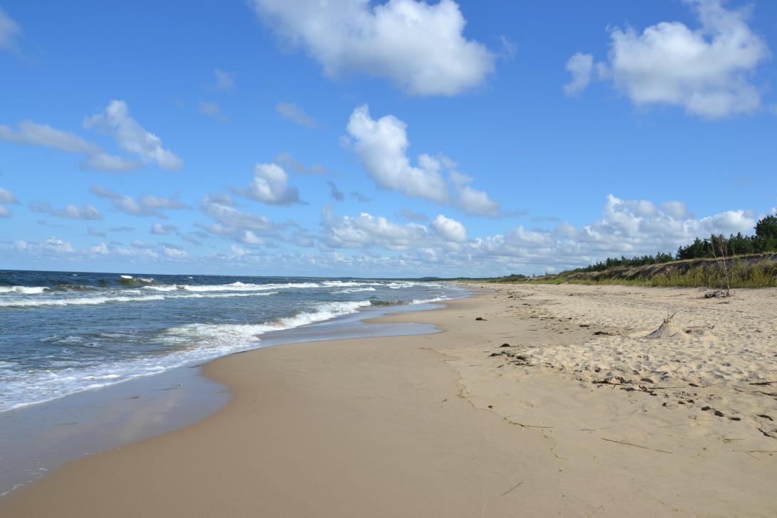 Najszersza i najdłuższa plaża w Gdańsku to ta na Wyspie Sobieszewskiej