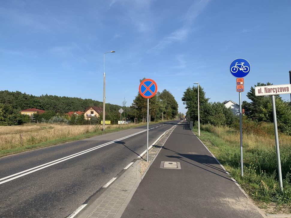 Ścieżka rowerowa Sobieszewo - Świbno ma szerokość 3 metrów