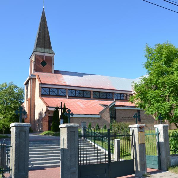 Kościół parafialny pw. Matki Bożej Saletyńskiej w Sobieszewie